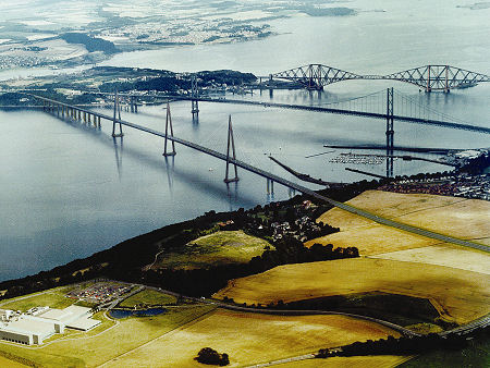 Most famous bridges in Scotland, Forth Road & Rail Bridges