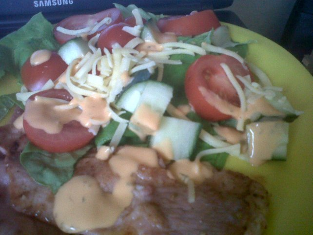 Salad with bacon & cheese